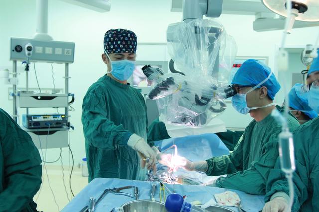 """脊髓型颈椎病""""隐藏的杀手"""",手术时机很关键!"""