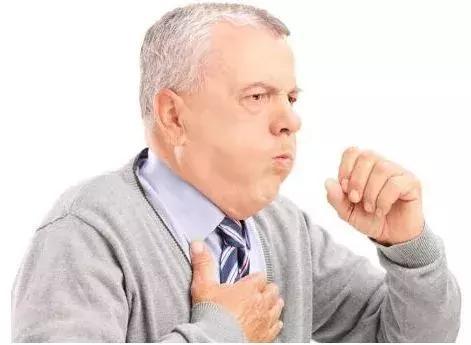 咳嗽、打喷嚏会伤腰!原因是这样