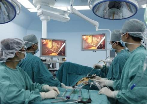 微创手术外景.jpg