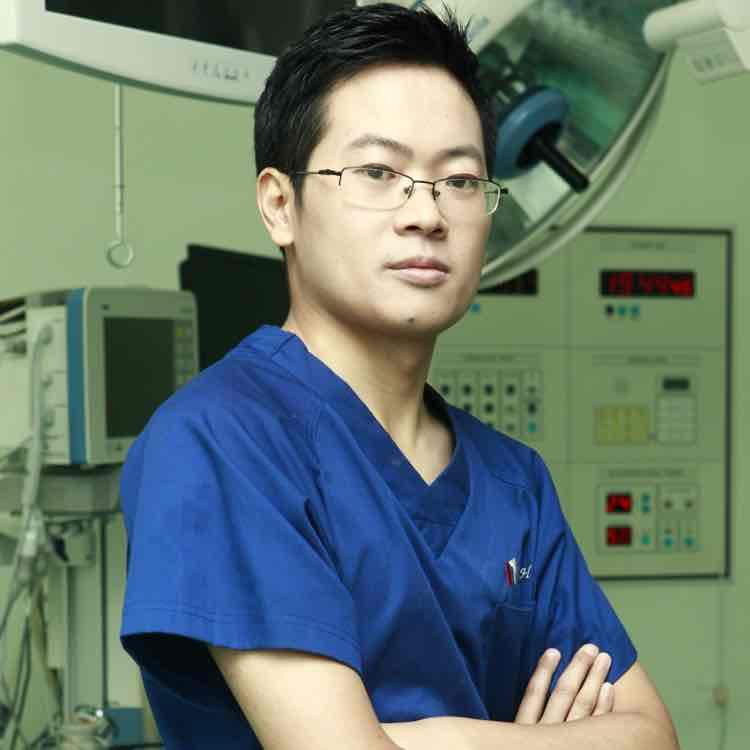 张成海副主任医师